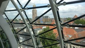 De stad van Zwolle schoot genomen uit de binnenkant van een museum royalty-vrije stock fotografie