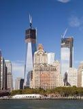 De stad w Van de binnenstad van New York de toren van de Vrijheid stock afbeeldingen