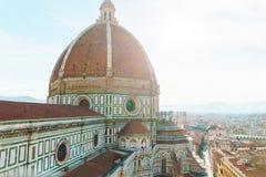 De stads luchtmening van Florence met duomokoepel en cityscape op horizon Royalty-vrije Stock Foto's