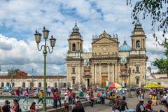 De Stads Metropolitaanse Kathedraal van Guatemala bij Plaza DE La Constitucion Constitution Vierkante Guatemala Stad, Guatemala Stock Foto's