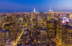 De Stads uit het stadscentrum Horizon van New York bij nacht royalty-vrije stock fotografie
