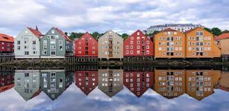 De stadsarchitectuur van Trondheim Royalty-vrije Stock Afbeeldingen