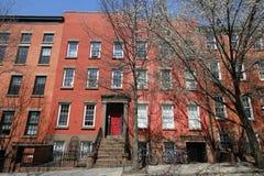 De Stadsbrownstones van New York bij historische de Hoogtenbuurt van Brooklyn royalty-vrije stock foto's