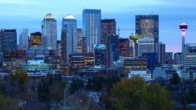 De stadscentrum van Calgary, Canada in het donker stock afbeeldingen