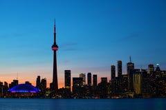 De stadscentrum van Toronto, Canada bij schemering Royalty-vrije Stock Fotografie