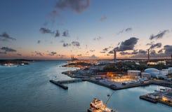 De stadshaven van Gothenburg tijdens zonsondergang royalty-vrije stock foto's