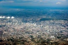 De stadshorizon, Bangkok, Thailand Bangkok is de hoofdstad van Thailand en de meest dichtbevolkte stad in het land stock afbeelding
