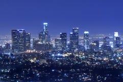 De stadshorizon van Los Angeles bij nacht Royalty-vrije Stock Foto's