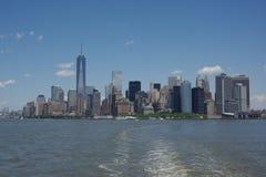 De stadshorizon van New York tijdens de lente wordt genomen die royalty-vrije stock foto's