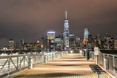 De Stadshorizon van New York van New Jersey Stock Afbeeldingen
