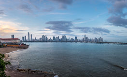 De Stadshorizon van Panama - de Stad van Panama, Panama Stock Foto