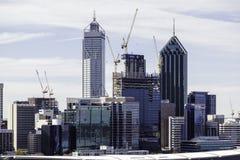 De stadshorizon van Perth CBD royalty-vrije stock foto's