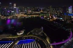 De stadshorizon van Singapore Stock Afbeeldingen