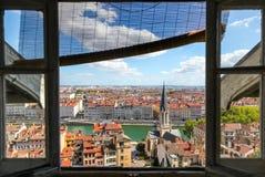 De stadsmening van Lyon van het venster Stock Foto's