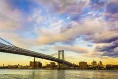 De Stadsmening van New York van de Williamsburg-Brug Stock Foto's