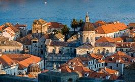De stadsmuren van Dubrovnik Stock Fotografie