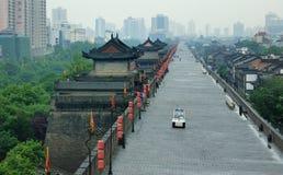 De stadsmuur van China Xian royalty-vrije stock afbeelding
