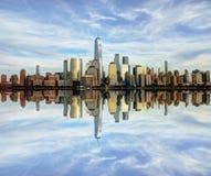 De Stadspanorama en bezinning van New York Royalty-vrije Stock Fotografie