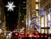 De Stadsstraten van New York tijdens de Kerstmisvakantie Stock Afbeelding