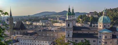 De Stadsvallei en Kathedraal van Salzburg royalty-vrije stock fotografie