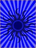 De stammen Zon op Blauwe Zon barstte Achtergrond Royalty-vrije Stock Foto's