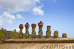 De Standbeelden van Ahunau Nau Moai, Anakena-Strand, Pasen-Eiland, Chili Royalty-vrije Stock Foto's