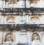 De standbeelden van Boedha in Bagan, Myanmar royalty-vrije stock foto