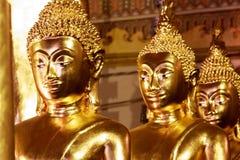 De standbeelden van Boedha, Gezicht van gouden Boedha, sluiten omhoog gezicht van gouden Boedha Royalty-vrije Stock Afbeeldingen