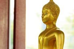 De standbeelden van Boedha, Gezicht van gouden Boedha, sluiten omhoog gezicht van gouden Boedha Stock Fotografie