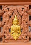 De standbeelden van Boedha in tempelmuur Stock Foto's