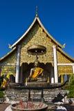 De standbeelden van Boedha in Wat Chedi Luang Royalty-vrije Stock Foto's