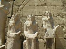 De standbeelden van de farao, Karnak Tempel, Luxor, Egypte Royalty-vrije Stock Afbeelding