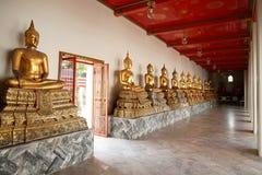 De Standbeelden van de monnik in Wat Pho Royalty-vrije Stock Fotografie