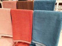 De stapel handdoeken stock foto's