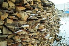 De stapel van brandhout Royalty-vrije Stock Afbeeldingen