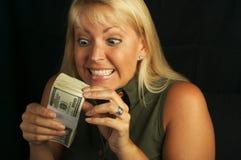 De Stapel van de Holding van de vrouw van Geld royalty-vrije stock foto
