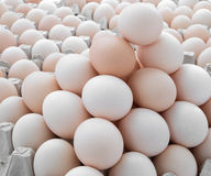 De stapel van eieren omhoog Stock Fotografie