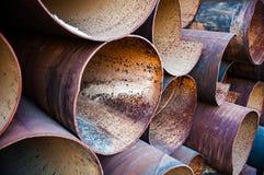 De stapel van metaalpijpen Stock Foto
