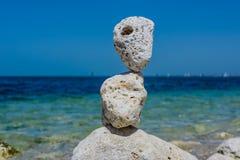 De stapel van stenen vat natuurlijk landschap samen Royalty-vrije Stock Afbeelding