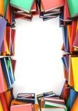 De stapels boeken die een kader vormen Stock Afbeeldingen