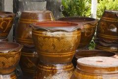 De stapels van de pot van de kleibloem Stock Afbeeldingen