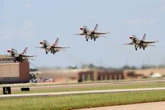 De Start van Thunderbird Royalty-vrije Stock Afbeeldingen