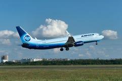 De start van vliegtuigen Boeing-737, rostov-op-trekt, Rusland, vijftiende van Juni 2015 aan royalty-vrije stock afbeelding