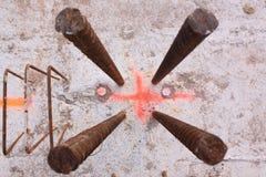 De staven van het ijzer in beton Stock Fotografie