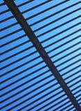De staven van het ijzer op een blauwe hemel Royalty-vrije Stock Fotografie