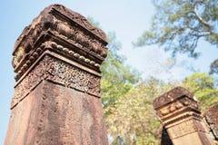 De Steenpijlers van Banteay Srei, Angkor-Tempels, Kambodja Stock Afbeeldingen