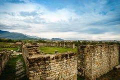 De steenruïnes van Historische Salonae verdelen dichtbij, Dalmatië, Kroatië Stock Afbeeldingen