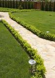 De steenweg van de tuin Stock Foto's