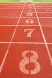 De stegen van de renbaan voor atleten Royalty-vrije Stock Fotografie