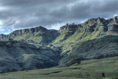 De Steile helling van Drakensberg Stock Afbeeldingen